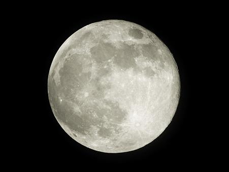2010年7月26日 チェンマイの満月 P1190880_R