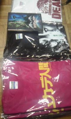 15日のウイング上大岡での物販予定「ムカデ」&「AVA」Tシャツ