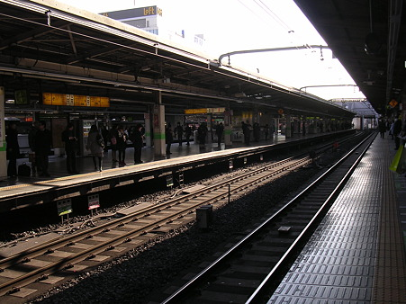 池袋駅JRホーム1