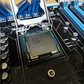 写真: CPU
