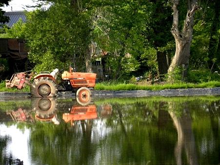 トラクターのある風景