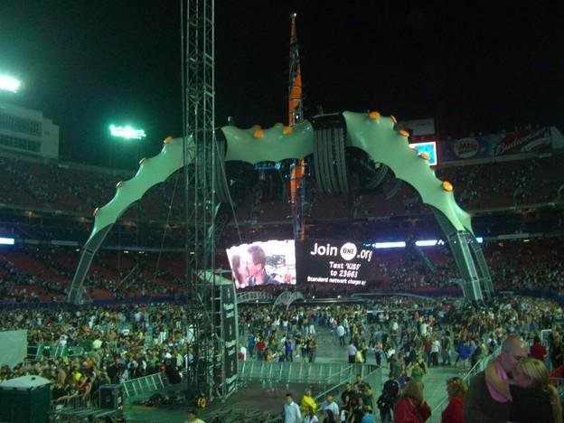 2009-09-24_U2 (25)Closing_R