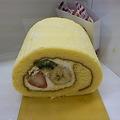 Photos: ロールケーキ食べた!美味~~い!