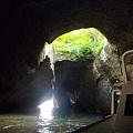 写真: 天窓洞(静岡県西伊豆町)