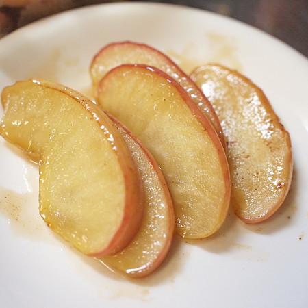 夜中に焼きりんごを作ってしまった