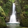 写真: 深山の清水滝