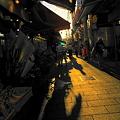 Photos: 夕陽に染まる商店街