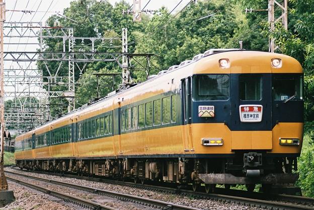 近鉄12200系6両編成橿原神宮前行き(吉野連絡)