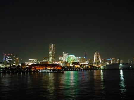 100922-大桟橋夜 (20)