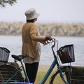 合浦公園・海を眺める人01-12.07.04