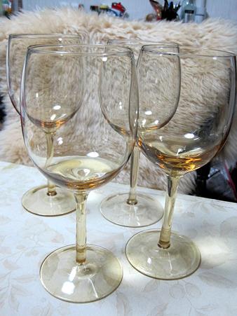 激安ワイングラス
