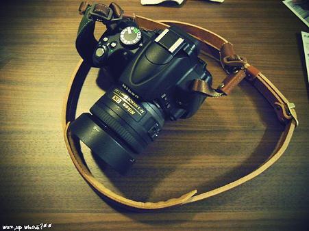 カメラストラップ。
