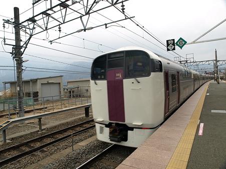 小淵沢駅3