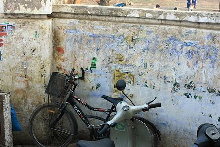 2010.02.01 バナーラス バーラト・マーター寺院壁