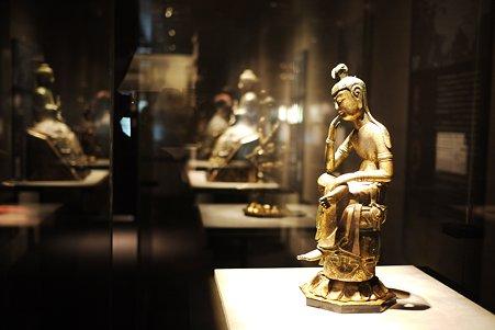 2010.11.15 東京国立博物館 仏像の道-インドから日本へ 菩薩半跏像 那智勝浦町