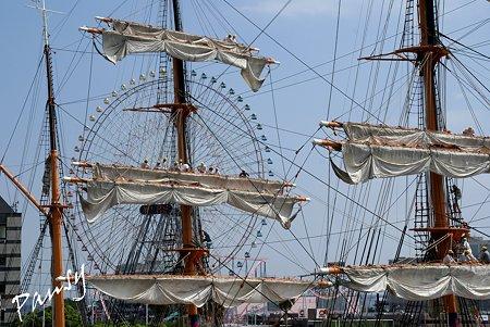 作業する人々・・総帆展帆の日・・
