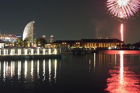 横浜開港祭の花火2(100602)