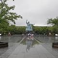 写真: 100519-16九州地方ロングツーリング・長崎の平和祈念像1