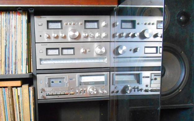 四十年前の手作りスピーカー、懐かしのアンプ・チューナー・デッキ、LPレコードたち♪
