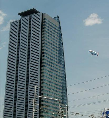 飛行船 名古屋を飛行-230515-1