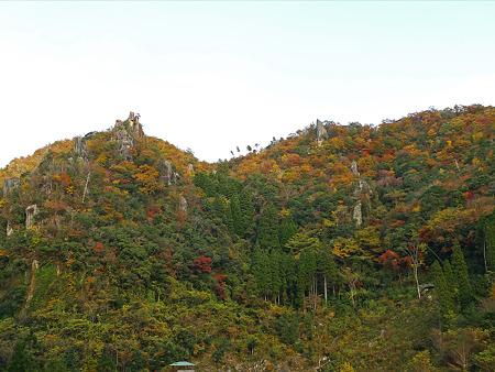 一目八景(11)見晴らし台へ。仙人ヶ岩と烏帽子岩