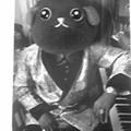 Photos: これからはピアノも弾ける豆...